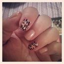 Leopard Accent Nails