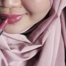 Avon Totally Kissable Lipstick in Mauve Allure