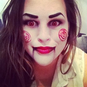 Just a quick trial of Jigsaw makeup for my first halloween event this week! A great quick and easy costume idea.