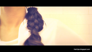 In this step-by-step hair tutorial, learn how to do a six (6) strand braid hairstyle on your own hair for long hair and for medium hair.  http://hairups.blogspot.com/2012/12/how-to-six-6-strand-braid.html