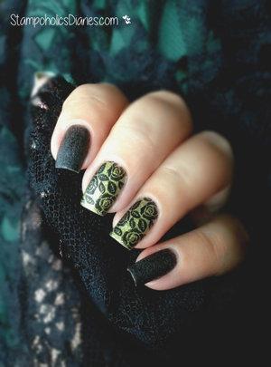 http://stampoholicsdiaries.com/2015/06/04/black-rose-nails-with-flormar-born-pretty-and-mundo-de-unas/