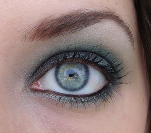 My love, my dad and I went to see Alan Parsons Project and this is the look I wore. I have no idea what I used for it.