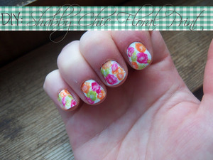 http://mindbodybeauty.blogspot.com/2012/07/notw-shabby-chic-floral-print.html