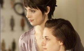 The Twilight Saga: Breaking Dawn Part 1 Trailer Makeup Look
