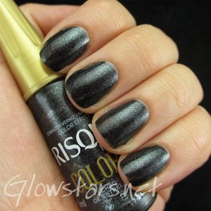 Read the blog post at http://glowstars.net/lacquer-obsession/2014/10/saturday-swatch-risque-chao-de-estrelas/