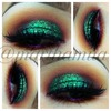 Green glitter eyeshadow look