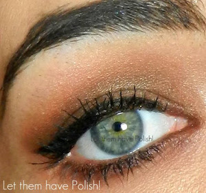A simple nude cat eye