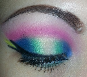 playing with makeup @ 2am.. got mascara on my lid.. :)) watchu think?.