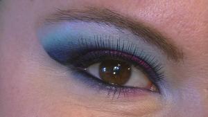 Vivid Blue Cut Crease- Close Up