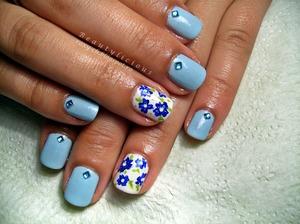 http://roxy-ch.blogspot.ro/2013/06/summer-blues.html  I used Revlon - Blue Lagoon