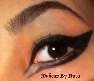 Deer-like inspired eyeliner