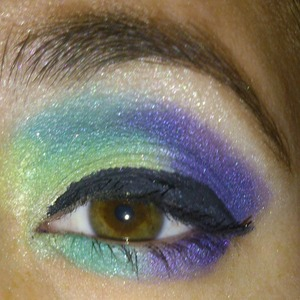 Used Max Factor palette in African Violet.