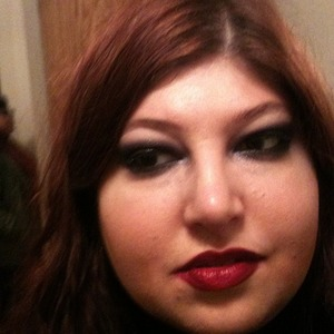 dark dark smokey eye with bold lip
