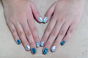 My nail art on my sister's nails :)