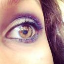 Blue eyeshaddow