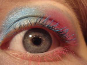 My friend Sammy did my makeup and this is what she came up with