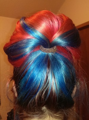 turquoise and red hair :)