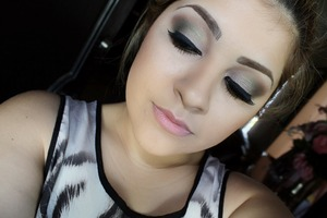 check out my tutorial on YouTube: youtube.com/esmiemakeup Neutral Green look using the bh cosmetics Jenni Rivera Palette.