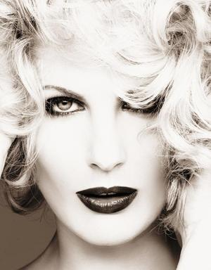 h.Glam black and white