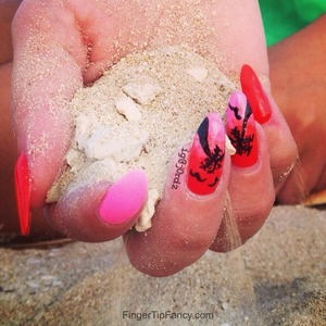 DETAILS HERE: http://fingertipfancy.com/palm-tree-nails