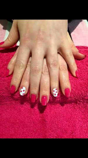 Nail art, vintage flowers, pink, pretty, Gel Polish