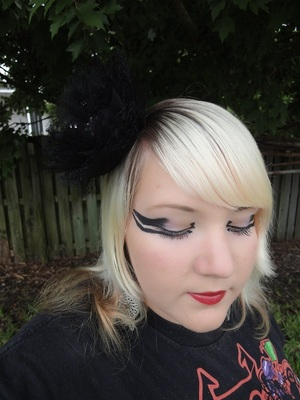 Lady Gaga Edge of Glory Makeup