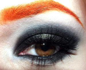 http://zeeto0.blogspot.fi/2014/02/black-widow-look.html