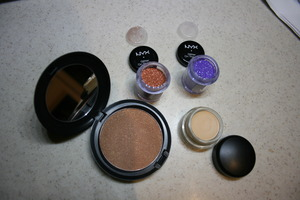 Follow the link for a review on these products: http://www.teapartyfrenzy.com/2011/09/in-courtroom-mac-and-nyx.html