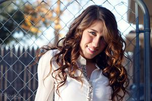 Makeup: Shawnee Leonard Hair: Charis Orr Photography: Francisco Giles