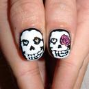 He skull - She skull