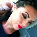 Brows <3 Winged Eyeliner <3 Red Lip