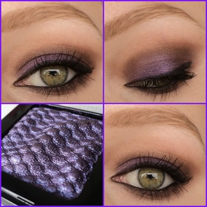 I love this new eyeshadow by catrice called 'we're the inner purple'. I am wearing it on the lid, combined with eyeshadows from the sleek au naturelle palette. This look is a really simple smokey look perfect for green eyes.