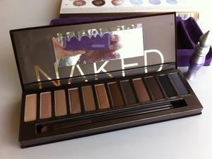 Naked Palette1