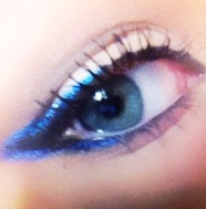 Experimenting with some new Rimmel eyeshadow