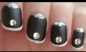 Nail Art: Ebony Ice