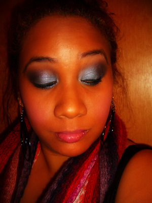 Teal look using the Icing Shimmer Palette
