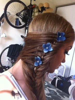 Loving my swoop side braid with flowers I made.