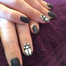 Black/white nail art