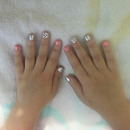 My 3 yr old girlie's mani like mommy