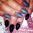 Matte and shiny almond nails