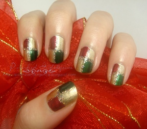 Christmas Checkerboard Nails