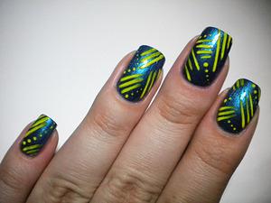 http://missbeautyaddict.blogspot.com/2012/03/31-day-challenge-stripes-nails.html