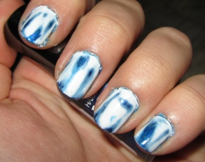 Acid Wash Denim Nails! ♥♥  Check out the blog post here... http://rivuletsbeauty.blogspot.com/2012/02/notd-acid-wash-denim-inspired-nails.html