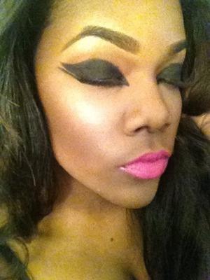 All cream/gel liner work. no eyeshadows used. check out my work on Instagram @mekoalexus @50shadesofface