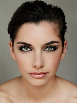 This was my first professional shoot out of makeup school. When I saw this model she reminded me of Kim Kardashian. Therefore this look was inspiration of Kim.