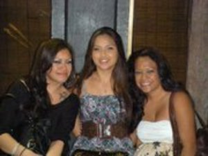 My brothers surprise bday dinner...  Me, friend and sister in law :)