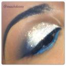 white glitter teal eyeliner :)