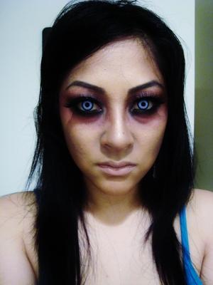 I love crazy contacts!