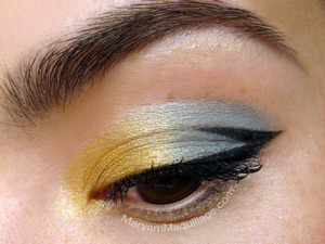 casual double liner for every day http://www.maryammaquillage.com/2012/04/money-honey.html