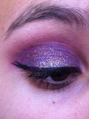 MAC Sushi Flower and Gesso, Milani Shadow Eyez in Royal Purple and Crystal Eyez in Stunning and Sparkly😍 Hope you like this beautiful, bright look😉
